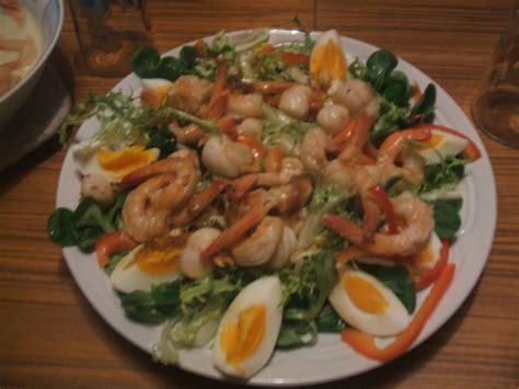 cuisine jacques salade composee aux crevettes et noix de st jacques