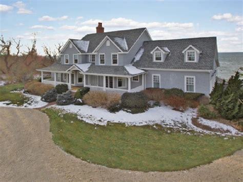 7 Bedroom Homes by Wow House 7 Bedroom 5 5 Bath Cutchogue Home Overlooking