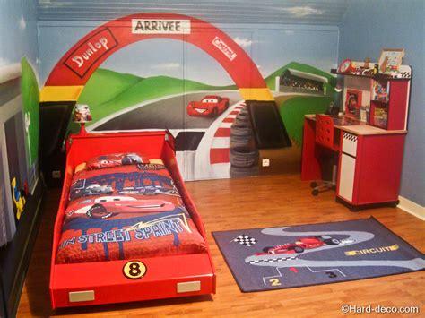 decoration chambre cars chambre cars avec circuit deco