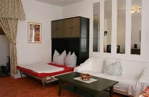 Bett Im Wohnzimmer : bett im wohnzimmer ideen ~ Lizthompson.info Haus und Dekorationen