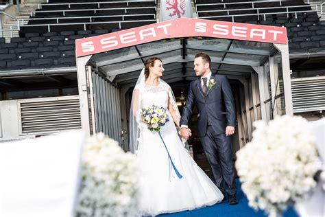 heiraten eintracht stadion