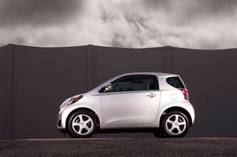 scion iq review ratings specs prices