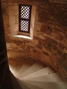 Why Medieval Castle Staircases Are Always Clockwise ...