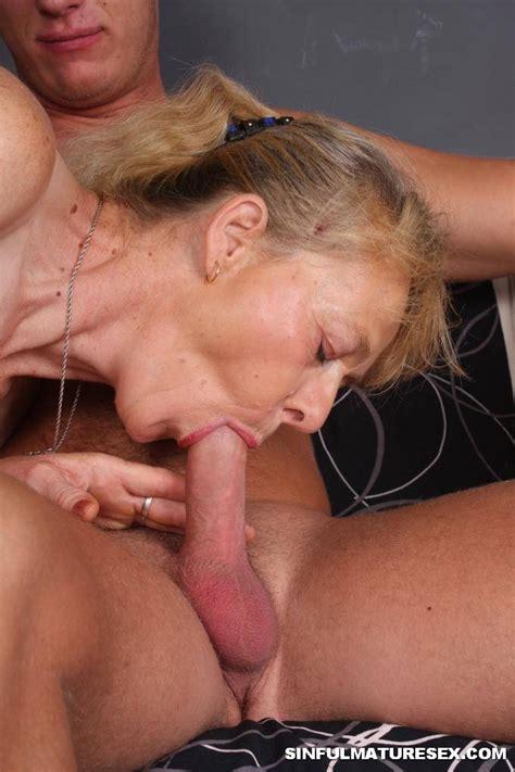 Mature Granny Cum Mature Sex
