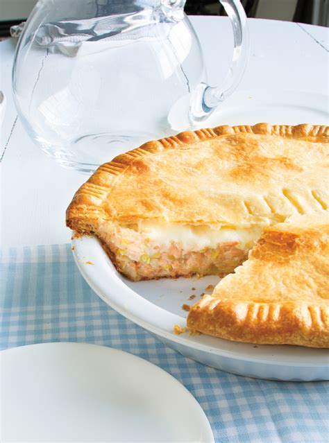 recette de pate au saumon recette de ricardo de p 226 t 233 au saumon et b 233 chamel de brigitte poissons