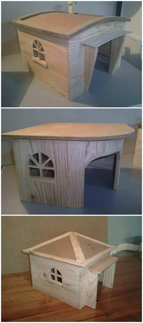 dog houses  recycled pallets