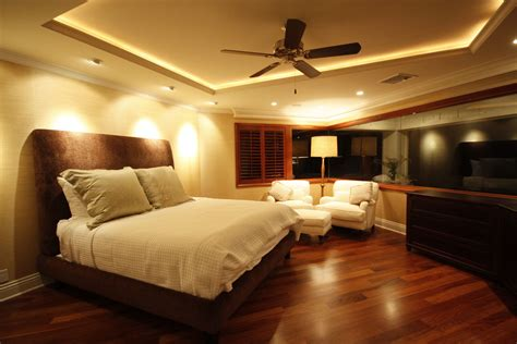 Appealing Master Bedroom Modern Decor With Wooden Floors