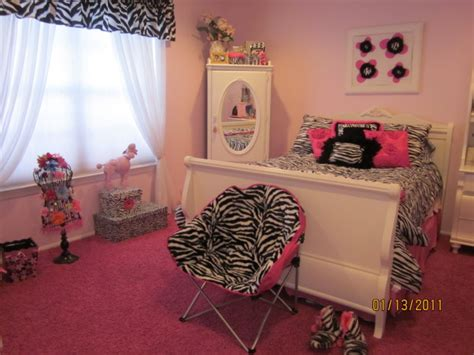 Bedroom Decorating Ideas For 11 Year Olds by Information About Rate My Space Hgtv
