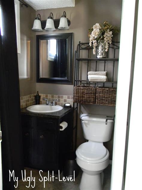 ugly split level   bathroom