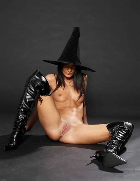 Hot Witch Pussy Nude Cosplay Witches Luscious