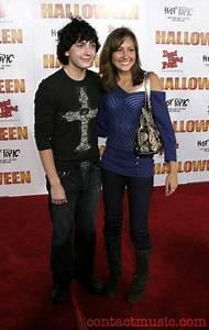 Daryl Sabara și Taylor Dooley