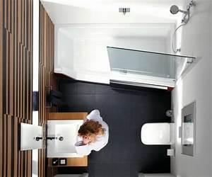 Möbel Für Kleines Bad : kleine badezimmer mit badewanne ~ Frokenaadalensverden.com Haus und Dekorationen