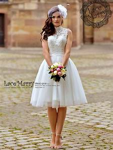 Short lace wedding dress oasis amor fashion for Cute short dresses to wear to a wedding