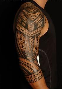 Maorie Tattoo Oberarm : les 25 meilleures id es de la cat gorie tatouage maorie avant bras sur pinterest la manche d ~ Frokenaadalensverden.com Haus und Dekorationen
