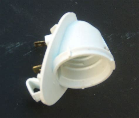 whirlpool refrigerator light socket 2162085 for 40 w bulb