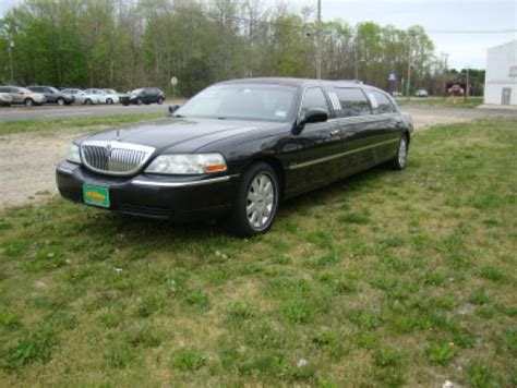 how to sell used cars 2005 lincoln town car head up display used 2005 lincoln town car royale for sale ws 10348 we sell limos