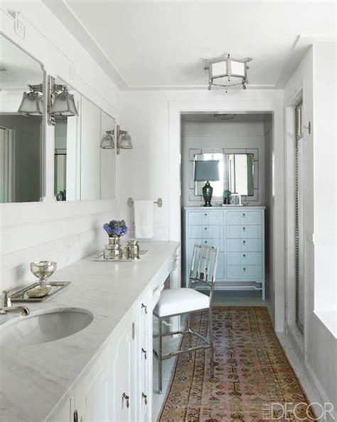pink  beige rug transitional bathroom elle decor