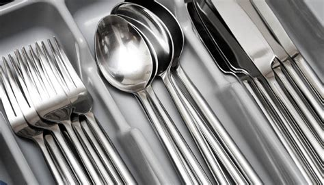 internet split  cutlery drawer arrangement debate