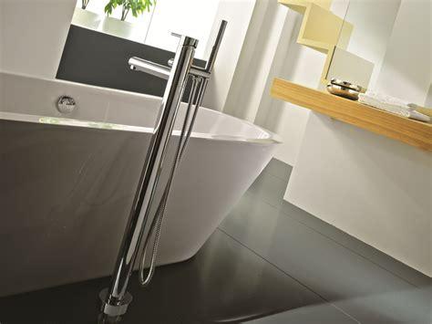 rubinetti gattoni miscelatore per vasca da terra con doccetta collezione