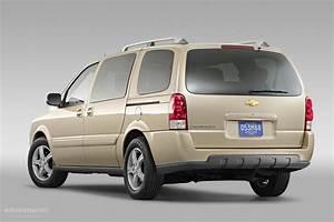 Chevrolet Uplander Specs  U0026 Photos
