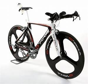 Vélo route Orka TRI 800 Ultegra, selle Optima, guidon profilé, roues Orka carbone 88 /50