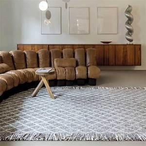 tapis design gris berbere avec franges en laine et viscose With tapis berbere avec canapé design nitro