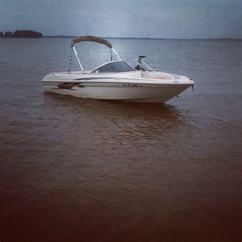 Sea Ray Pontoon Boats by Sea Ray 180 Bow Rider Awesome Boat Sea Ray 180