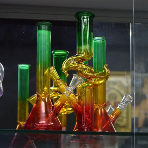 glass pipes hookahs vaporizers water pipes gravity