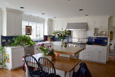 With Green Demolitions' Recycled Furnishings, Going Green