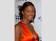 Aisha Tyler sporting a ballerina look upstyle with a