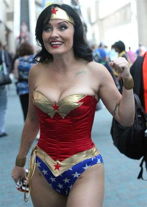 woman  absolute  cosplays  comic