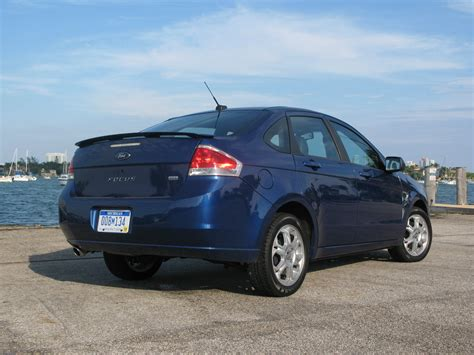 ford focus ses picture  car review  top speed