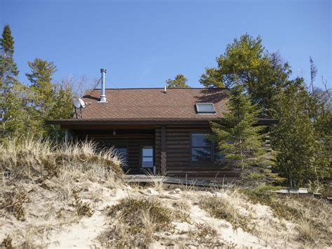 secluded cabin rentals in michigan secluded lake michigan beachfront cabin on vrbo