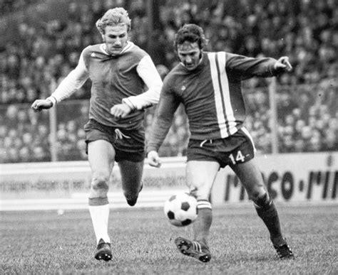Fc Twente Kleurplatennl by Fc Twente Is Geen Stuk Ons Leven Het Is Ons Leven