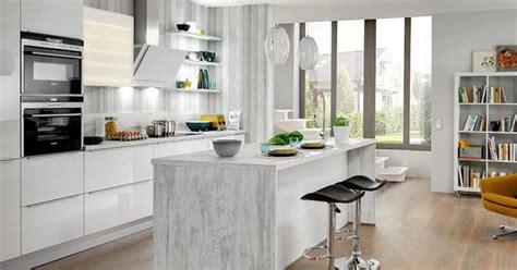 bloc cuisine evier frigo plaque bien choisir îlot de cuisine critère et caractéristiques