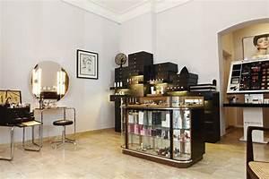 Design Studio München : luis huber make up studio by designliga munich germany ~ Markanthonyermac.com Haus und Dekorationen