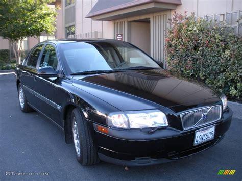 black volvo    gtcarlotcom car