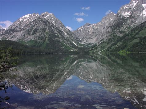 Leigh Lake - Wikipedia