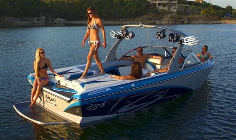 Wake Boat And Ski Boat by New 2012 Tige Boats Z3 Ski And Wakeboard Boat Photos
