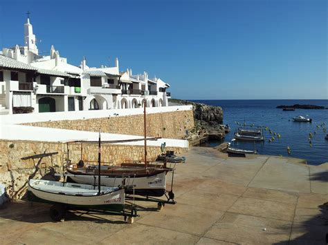 File:Binibeca Vell, Menorca.jpg - Wikimedia Commons