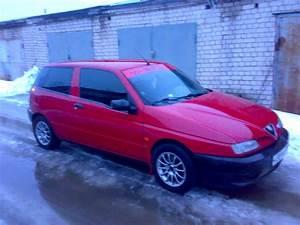 Alfa Romeo 145 : used 1996 alfa romeo 145 photos 1400cc gasoline ff manual for sale ~ Gottalentnigeria.com Avis de Voitures