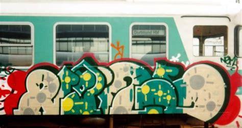 Graffiti on UK Trains - Nema
