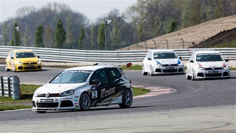 Vw Golf Competitors by Volkswagen Castrol Cup 2014 Starts With Jerzy Dudek