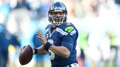 russell wilson  returning  nike sole collector
