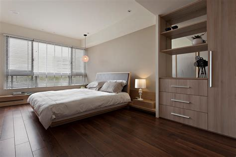 Neutral bedroom   Interior Design Ideas.