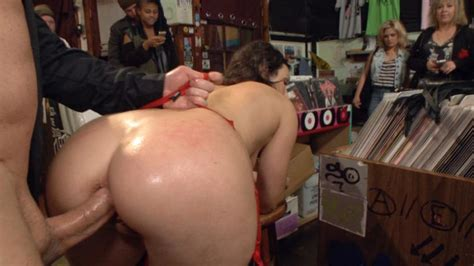 Wenona Has Every Hole Filled And Humiliated In Beautiful San Francisco Gallery From Public Disgrace