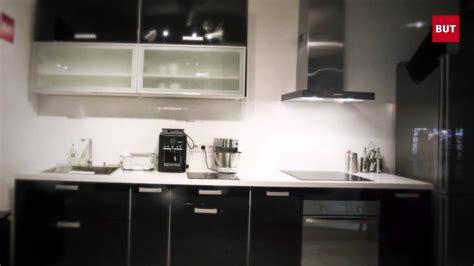 but meubles de cuisine cuisines but la battle cuisine entre amis