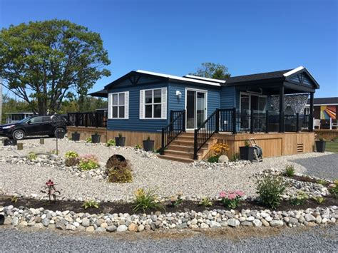 pebble beach cottage models quintes isle campark prince edward county