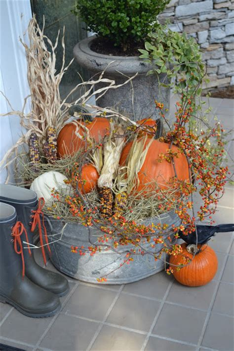 fall front porch decorations    crafty