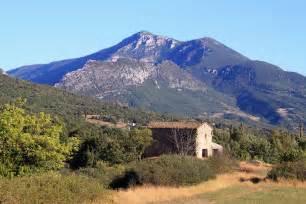 Moustiers Sainte Marie - Alpes-de-Haute-Provence, France ...